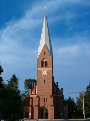 neogotycki kościół pw WNMP w Redzie