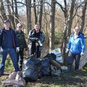 Sprzątanie rzeki Redy
