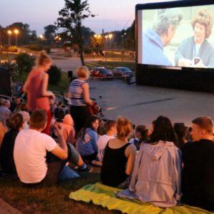 Kino podgwiazdami