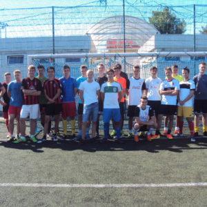 Zdjęcie grupowe - piłka nożna szkoły gimnazjalne i ponadgimnazjalne