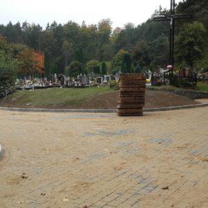 Trwają prace przy redzkim cmentarzu