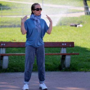 Ćwiczenia Tai Chi wRodzinnym Parku Miejskim