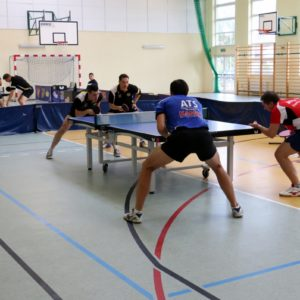 Zwycięstwo tenisistów stołowych