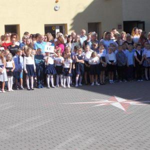 Inauguracja roku szkolnego 2018/2019 wSzkole Podstawowej nr3 wRedzie