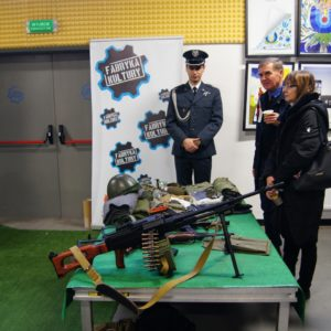 """Wystawa militarna """"Polska ku Niepodległej"""" wFabryce Kultury"""