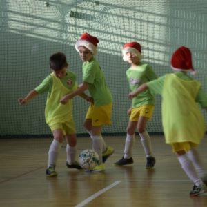 Mikołajkowy Turniej Piłki Nożnej zanami