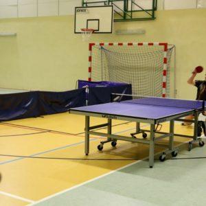 Dwie wygrane tenisistów stołowych