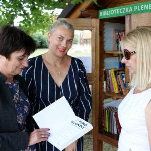 Park Miejski, Biblioteczka Plenerowa, przekazanie książek