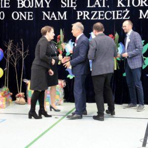 """""""Dawnych wspomnień czar…"""" czyli 55 lat Szkoły Podstawowej nr2"""