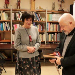 Janusz Majewski zawitał doredzkiej biblioteki
