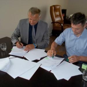 Umowa napołączenie drogowe pomiędzy Redą aRumią