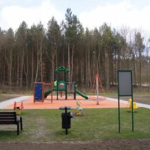 Otwarcie placu zabaw przy Szkole Podstawowej nr5