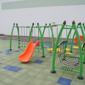 Otwarcie placu zabaw przy Szkole Podstawowej nr2