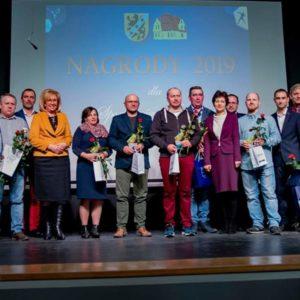 Sportowcy itrenerzy zRedy nagrodzeni zawybitne osiągnięcia wsporcie w2018 roku